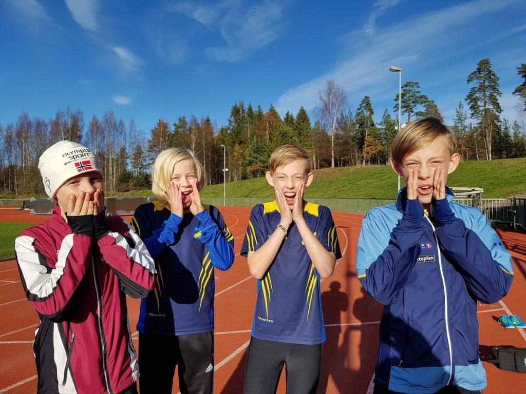 Alle G12 gutter som løp 200 m fikk pers. Sebastian Berntsen fra TFIK løp på tiden 27.70, Viljar Kjølstad RFIK løp på 28.63 og Mindor Jensen løp på 29.01. Ingen RFIK gutter har tidligere kommet i mål før Sebastian, så for Valentin var dette en ekstra stor seier.