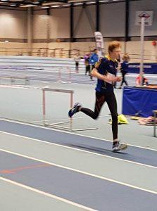 Nicolai i G15 løp 800 m og var litt skuffet over innsatsen, men vi må rose Nicolai for å stille opp og forsøke seg.