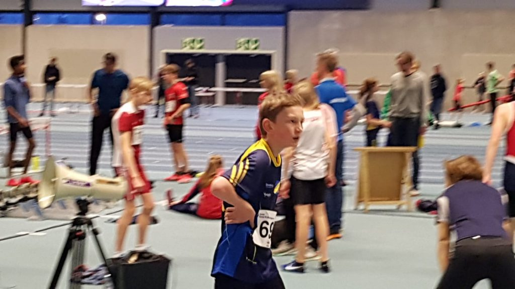 En annen debutant var Andreas Ullern Tonneg i G14 som løp 600 m på 1.47, en ok tid for første 600m forsøk.
