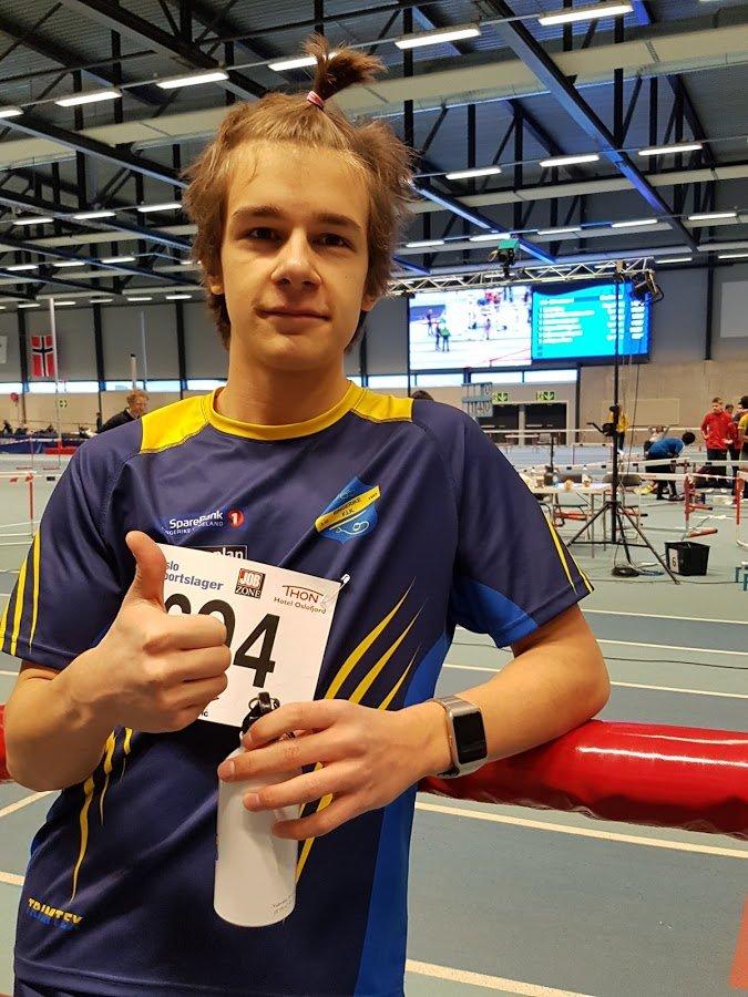 Martin Biuso i G15 som debuterte på Tyrving lekene med 8.09 på 60 og 26.29 på 200m.