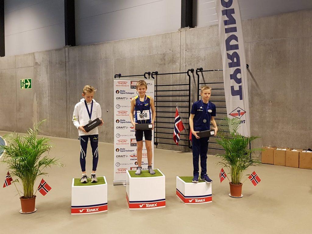 Teodor Hansen stilte som vanlig på 600 m i G12 og vant i overlegen stil med 1.44.