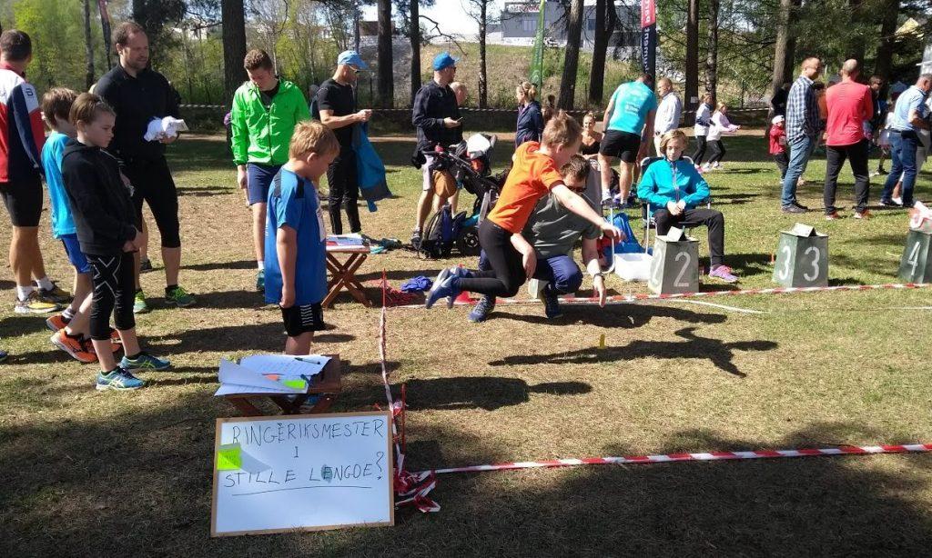 Ringerike Friidrett avholdt åpent mesterskap i stille lengde i Schjongslunden 12. mai 2018