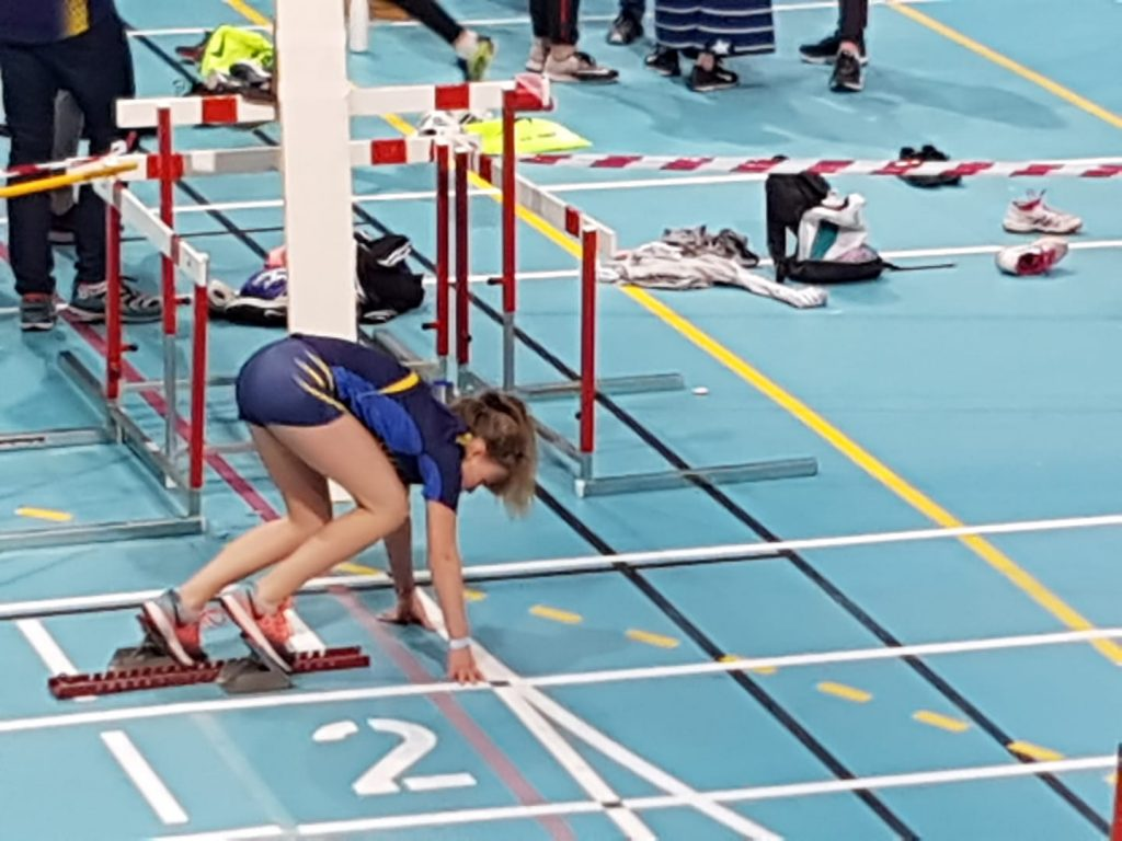 Nora 200m start